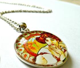 Art Nouveau Vintage Lady Greta Necklace made with a glass cabochon and Tibetan Silver bezel, handmade